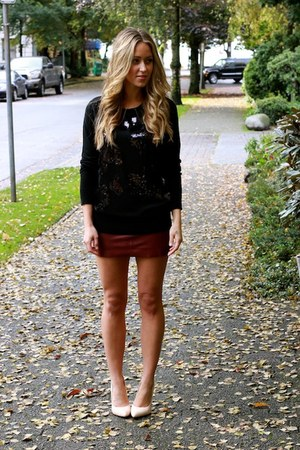 crimson leather free people skirt - black sequin DKNY sweater