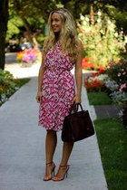 hot pink printed dvf dress - maroon leather Saint Laurent bag