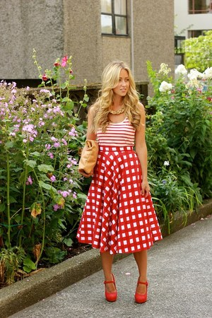 red checkered asos skirt