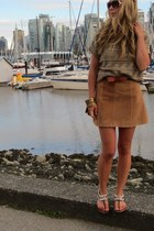 light brown short sleeved Urban Outfitters sweater - tawny suede H&M skirt - dar