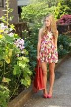 red floral beginning boutique dress - hot pink pumps Elizabeth Brady shoes