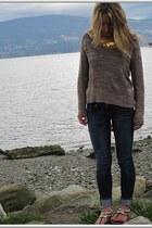 navy dark wash American Eagle jeans - brown knit Urban Outfitters sweater - dark