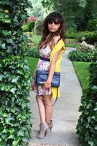 Forever21 dress - beige Forever21 shoes - blue vintage purse - yellow Forever21