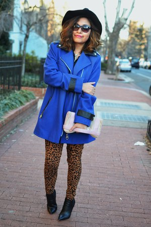 blue wool calvin klein coat - black leather Elie Tahari boots