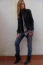 Black-zara-jacket-black-zara-shoes-blue-current-eliot-jeans-red-zara-shirt