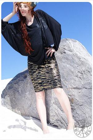 Carousel Ink skirt