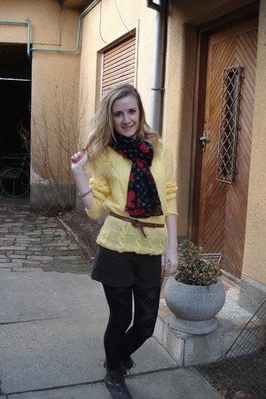 handmade sweater - Deichmann boots - random tights - Louis Vuitton scarf