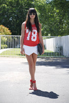 red muscle Zara shirt - black clutch Chicwish bag - white skort Zara skirt