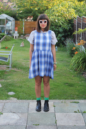 blue checks Topshop dress - black Urban Outfitters boots