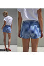 Beige-bdg-hat-white-judy-bond-shirt-blue-sears-jr-bazaar-shorts-red-c-rons