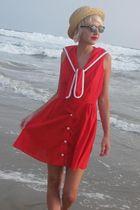 red Arjon California dress - black fake Ray Ban sunglasses - beige Deena & Ozzy