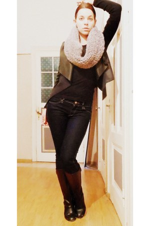 heather gray tube DIY scarf - black leather reserved jacket