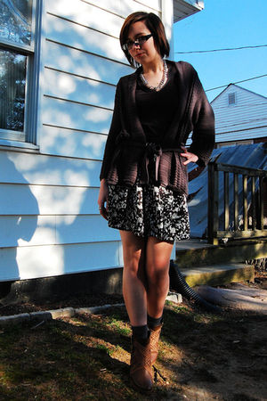 gray H&M cardigan - black PacSun t-shirt - white Forever 21 skirt - gray Target