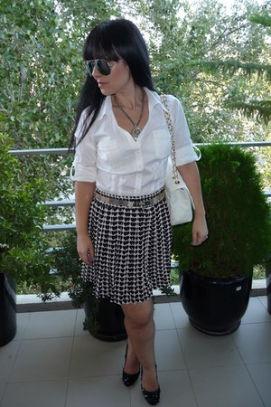 black Zara heels - white Chanel bag - ray-ban sunglasses - white H&M blouse