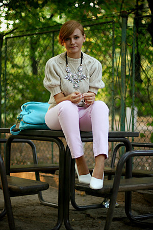 Zara necklace - white H&amp;M shoes - light pink vintage Levis jeans