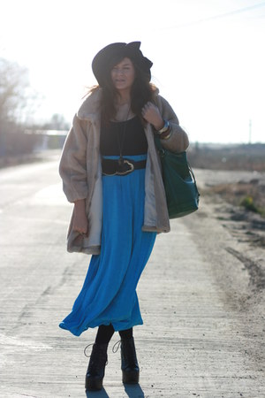 blue vintage skirt - beige vintage coat - black Jeffrey Campbell shoes - green L