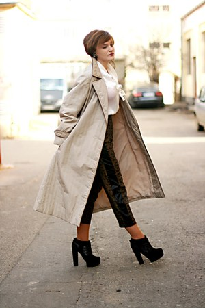 heather gray vintage Celine coat - black Topshop boots