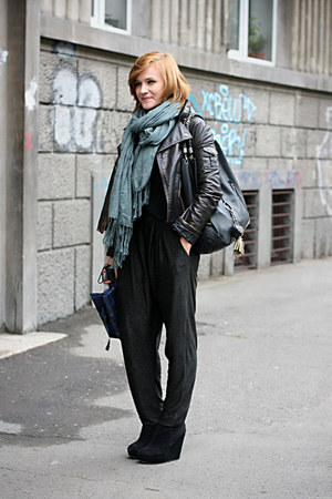 black new look boots - periwinkle Bershka scarf - black harem River Island pants