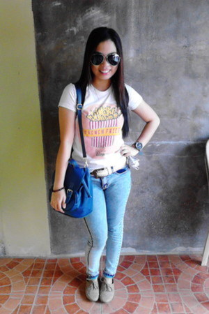 von dutch jeans - artwork shirt - Tru by Natasha bag - rayban sunglasses