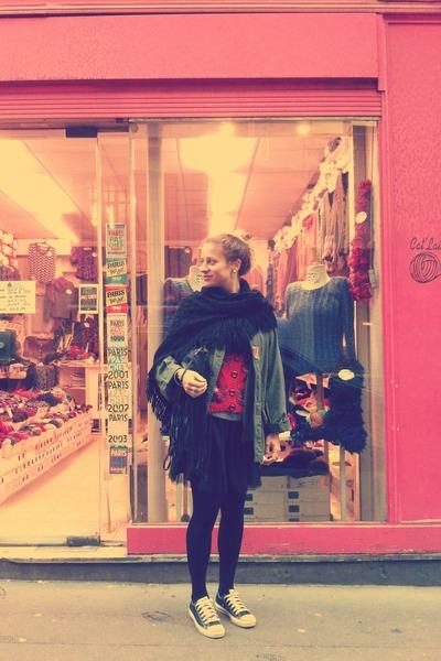 Converse shoes - handmade scarf - Zara bag - vintage vest - H&M Kids skirt