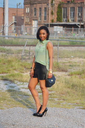 Forever 21 top - asos purse - leather Forever 21 shorts - Aldo pumps