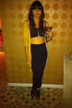 mustard cardigan - black top - black BFG pants - black Urban Outfitters shoes