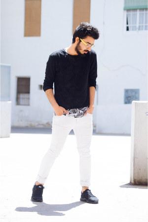 black micro fabric Zara sweater - white skinny jeans pull&bear jeans