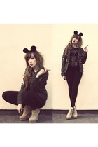 camel camelbootheel select boots - army green H&M coat - black Disney hat
