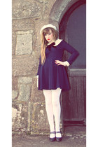navy Chicwish dress - cream cream beret vintage hat