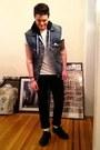 Classic-docs-doc-martens-shoes-black-levis-jeans-denim-levis-vest-vest