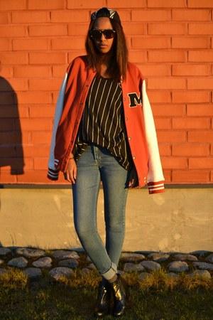 tawny varsity jack & jones jacket - blue GINA TRICOT jeans