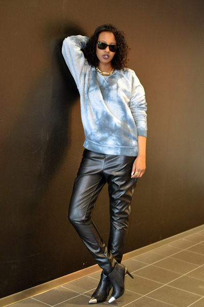 BikBok sweater - leather Monki pants