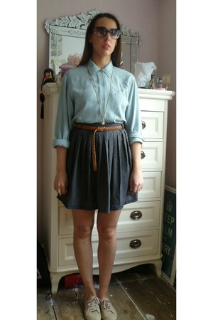 baby blue vintage shirt - 70s vintage Urban Outfitters sunglasses