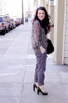 Alexander Wang bag - The Row sunglasses - banana republic heels - Equipment blou