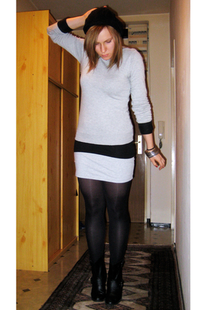 dont know sweater - H&M top - H&M skirt - Zara boots - Primark hat - River Islan