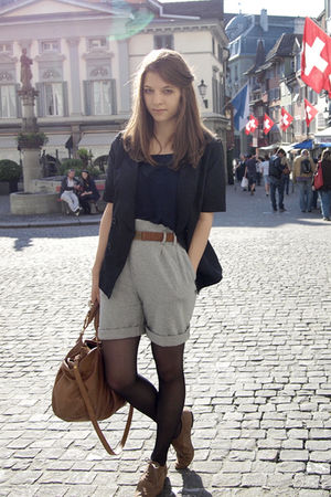 gray Zara shorts - brown H&amp;M Trend belt - blue Gap vest - blue H&amp;M Trend blazer 
