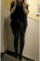 Ebay tights - Vero Moda t-shirt - Vero Moda vest - H&M shoes