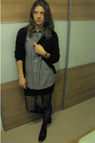 Uniqlo - Uniqlo shirt - H&M skirt - tights