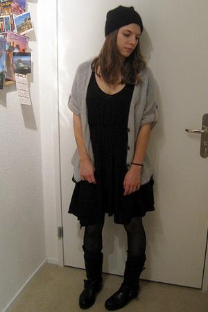 Zara dress - AMERICAN VINTAGE top - vagabond shoes - H&M hat