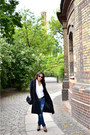 Black-maxmara-coat-blue-cannes-boutique-jeans-black-tory-burch-sunglasses