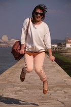 peach pants - maroon bag - burnt orange flats - white sweatshirt
