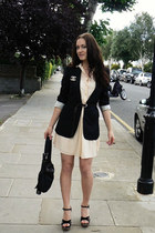 Zara dress - D&G jacket - Kurt Geiger sandals - Chanel vintag accessories