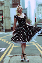 Polka Dots in the Street