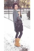  Vintage PU Fringe Studded Shoulder Bag 