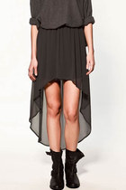 Dip Hem Pleat Dress in Chiffon 