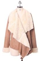 Chicwish Drape Aspen Jacket in Camel