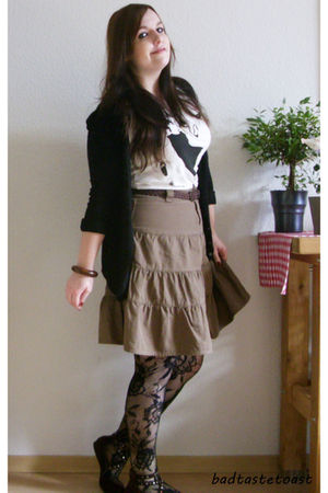 brown thrifted skirt - white H&M shirt - black GINA TRICOT tights