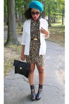 brown H & M scarf - blue H & M hat - white vintage shirt - black vintage purse