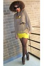Yellow-forever-21-scarf-beige-secondhand-top-dark-brown-leo-shoes