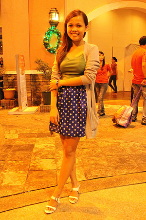 polka-dot DIY skirt - knitted thrifted cardigan - top - white dress Zenia heels